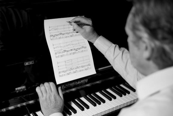 Compositor_Javier_del_Santo